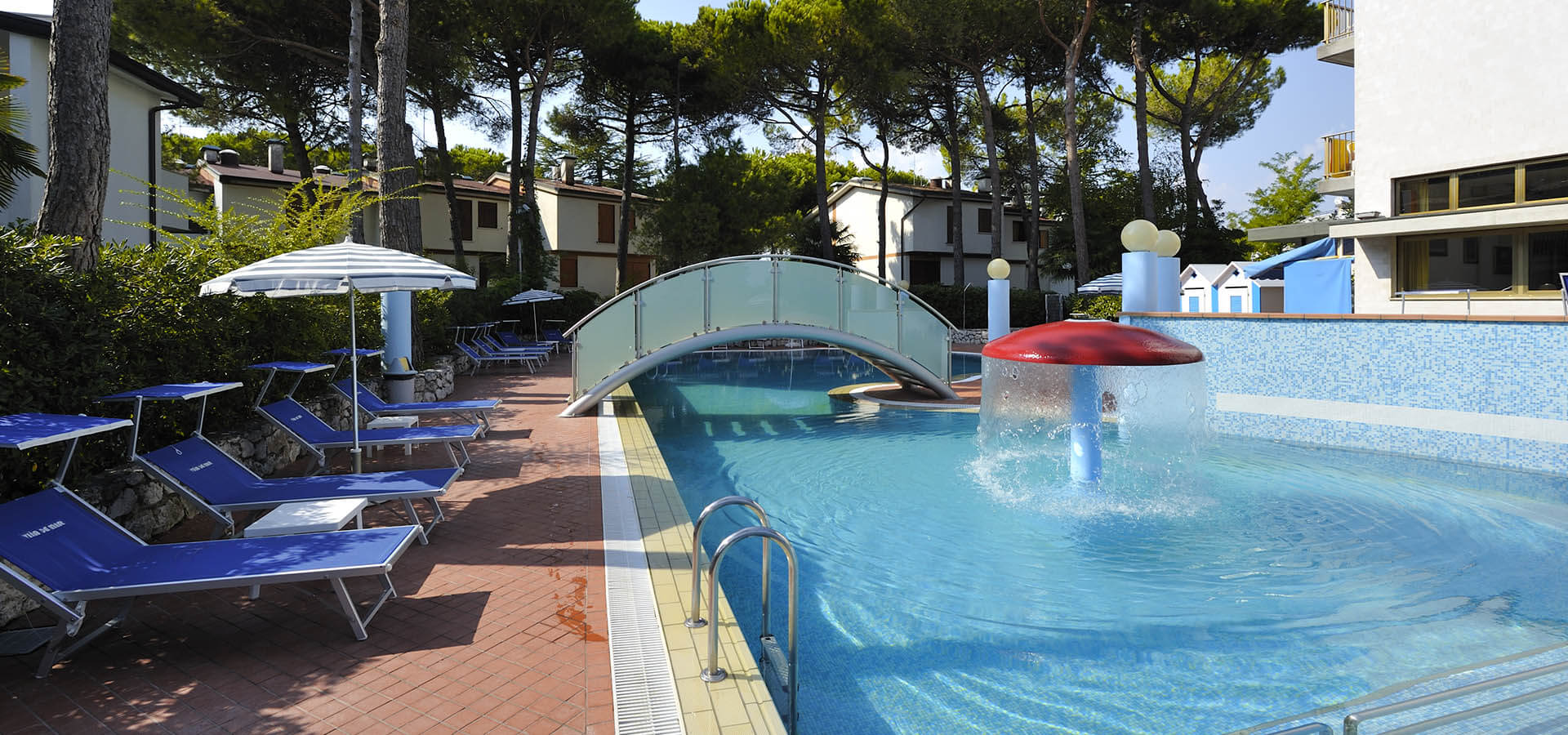 hotel with solarium in Lignano
